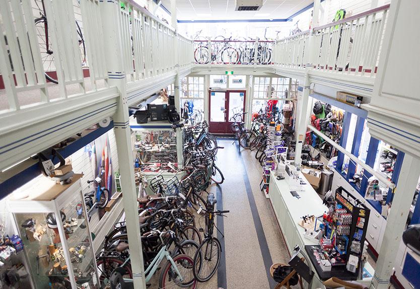 foto 1 - Piet de Jongh fietsenwinkel